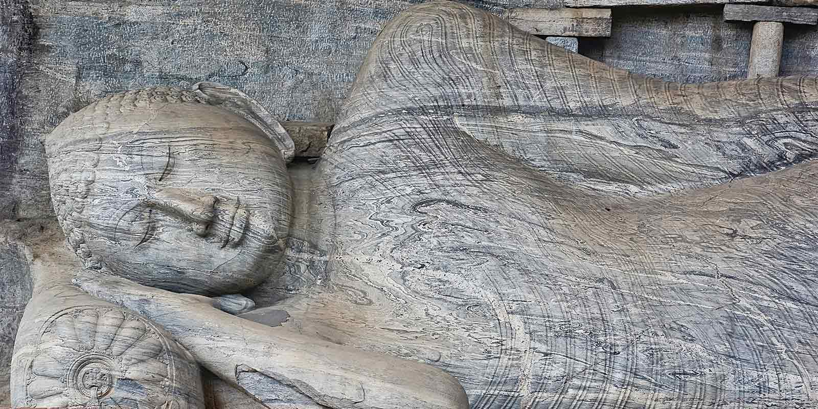 Reclining buddha at Polonnaruwa Temple